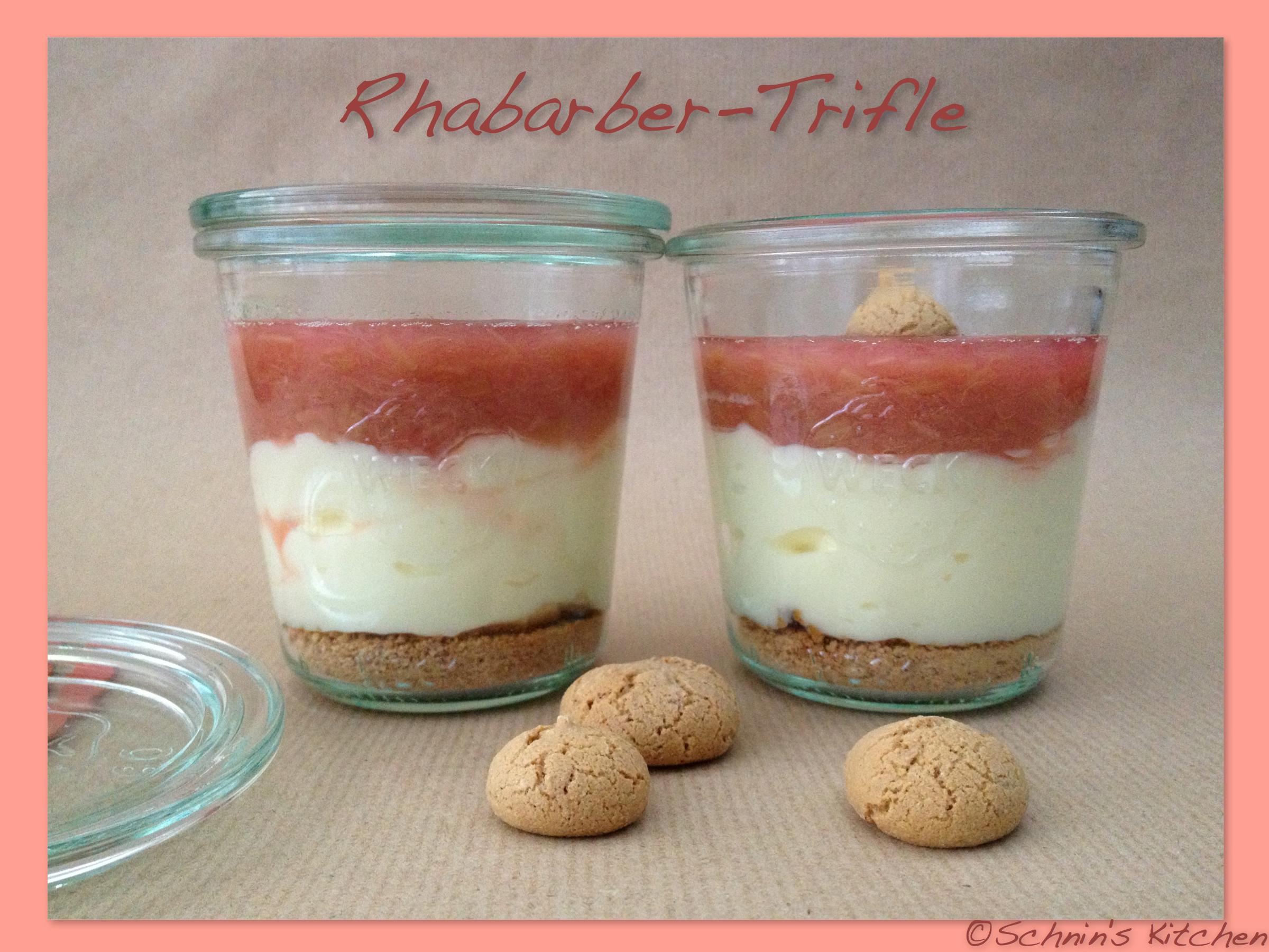 schnin 39 s kitchen rhabarber trifle mit amarettini vanillecreme. Black Bedroom Furniture Sets. Home Design Ideas