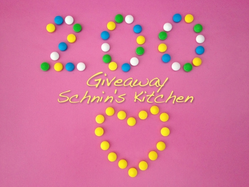 Schnin's Kitchen: 200 Giveaway