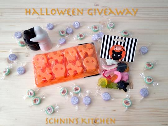 Schnin's Kitchen: Halloween Giveaway