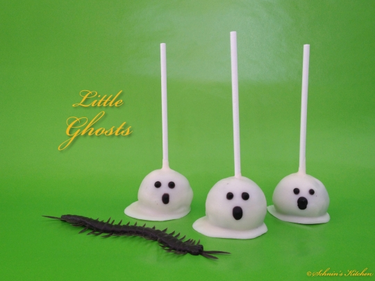 boo halloween oreo cake pops schnin 39 s kitchen. Black Bedroom Furniture Sets. Home Design Ideas