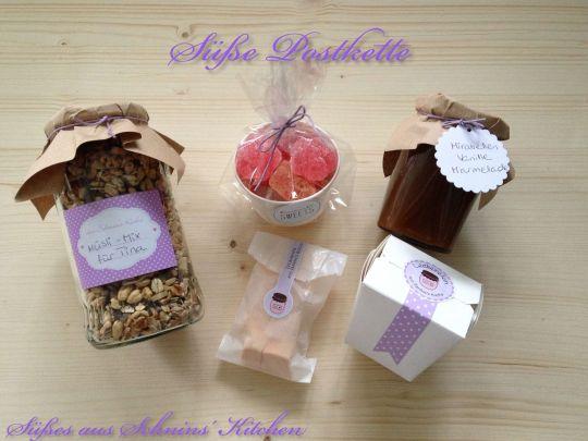 Schnin's Kitchen: Süße Postkette mit Erdbeer-Vanille-Gummidrops, Halloween-Marshmallows, schwäbischen Wibele, Mirabellen-Vanille-Marmelade & Schoko-Vanille-Granola