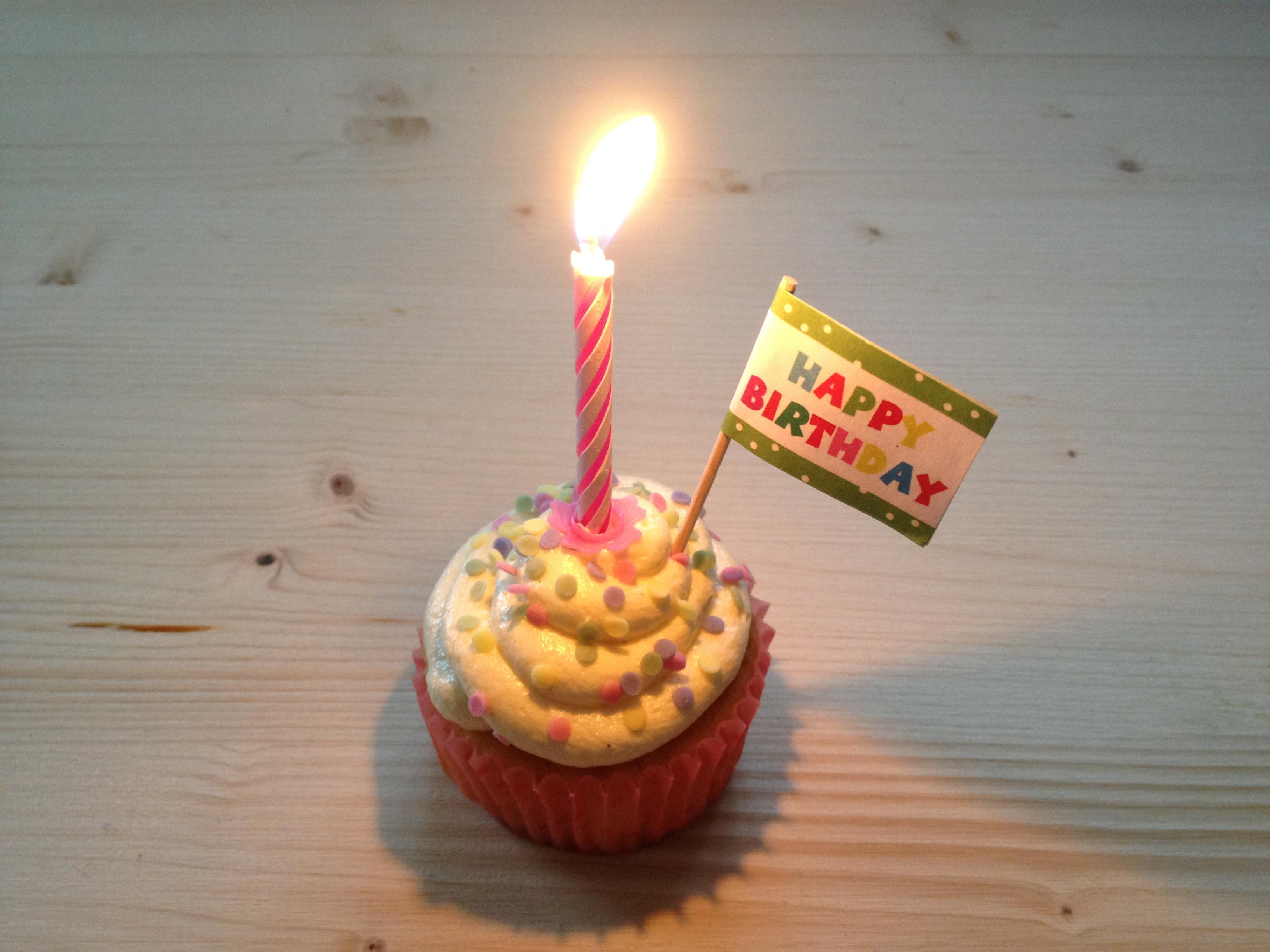 Schnin S Kitchen Feiert 1 Geburtstag Riesen Geburtstagssause