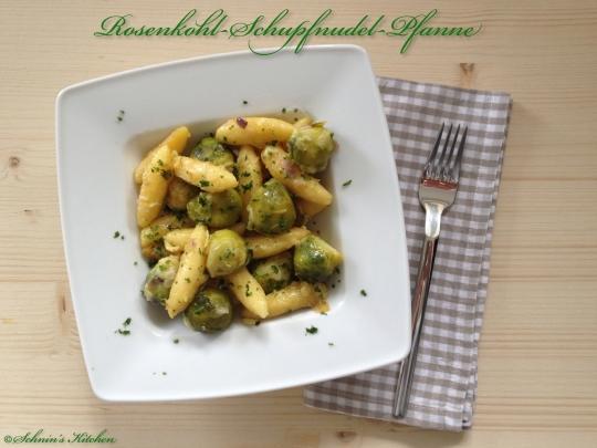 Schnin's Kitchen: Rosenkohl-Schupfnudel-Pfanne