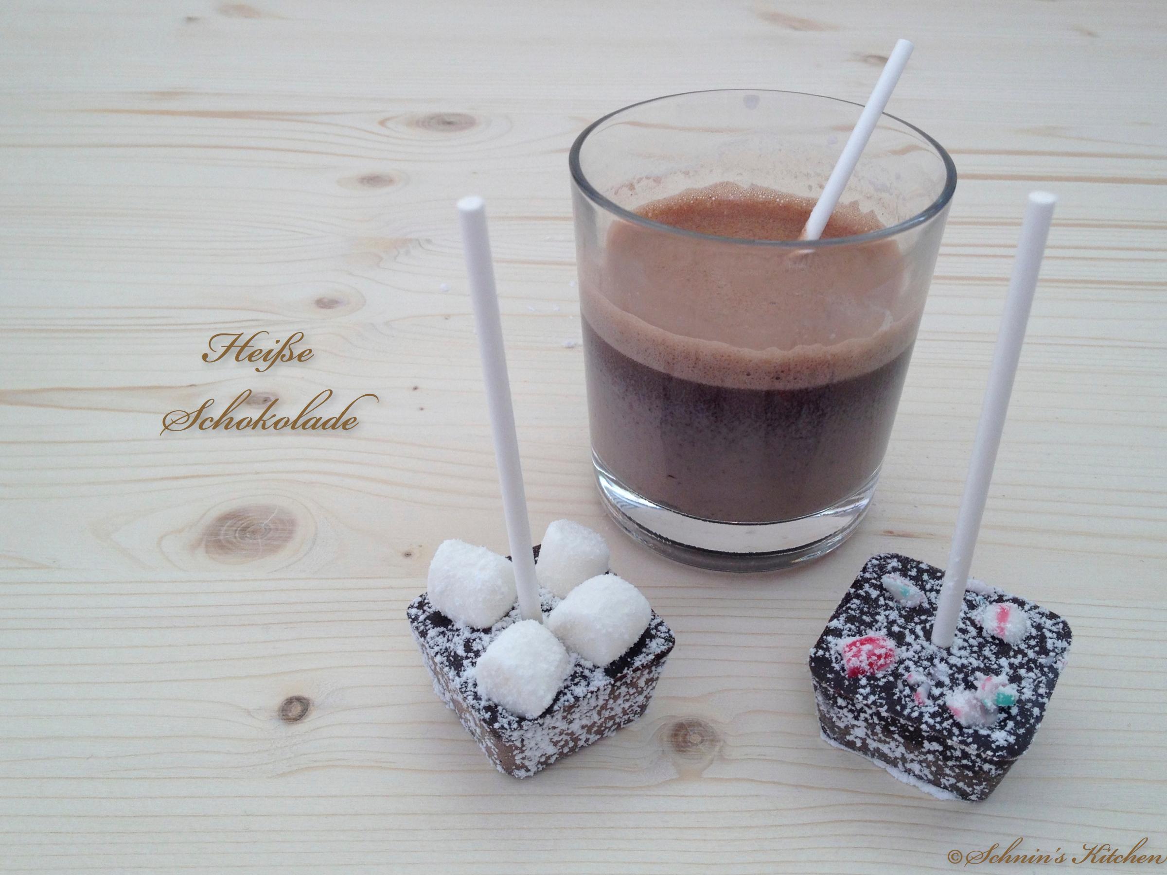 Heiße Weihnachts-Schokolade am Stiel & Rum-Amaretto-Kandis-Zucker ...