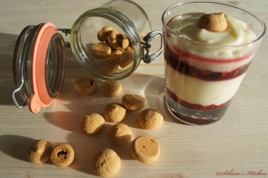 Schnin's Kitchen: Erdbeer-Amarettini-Creme