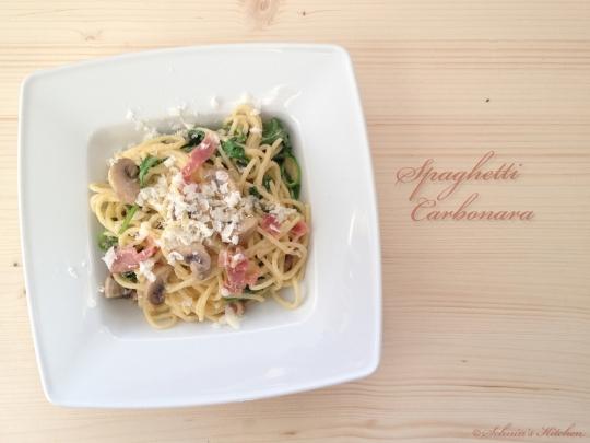 Schnin's Kitchen: Spaghetti Carbonara mit Rucola, Serrano & Champignons