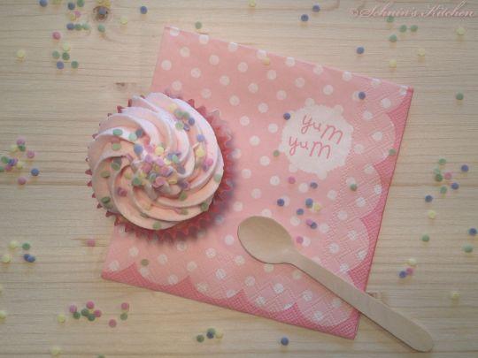 Schnin's Kitchen: Pünktchen-Cupcakes