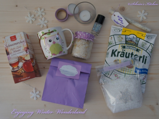 Schnin's Kitchen: Lovelylisciousbox Enjoying Winter Wonderland