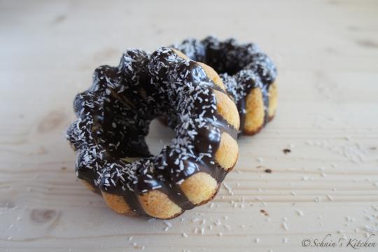 Schnin's Kitchen: Kokos-Schokoladen-Gugel