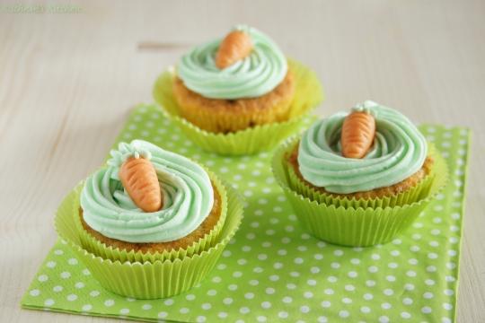 Schnin's Kitchen: Möhren-Orangen-Cupcakes