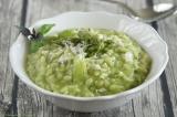 Kräuter-Risotto mit grünem Spargel