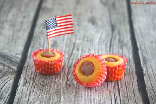 Schnin's Kitchen: Corn Dog Muffins