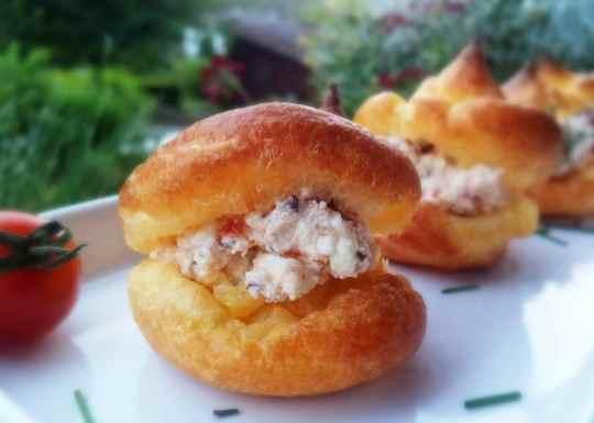 Schnin's Kitchen: Gastpost Jankes Soulfood: Herzhafte Windbeutel mit zweierlei Cremes