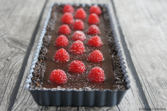 Schnin's Kitchen: {Ich back's mir} Oreo-Schokoladen-Tarte mit frischen Himbeeren