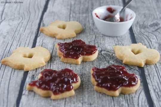 Schnin's Kitchen: Tea Time - Shortbread-Cookies mit Lemon Curd & Marmeladenfüllung